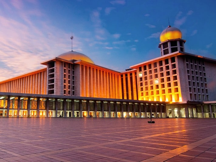 Image result for Grand Istiqlal Mosque