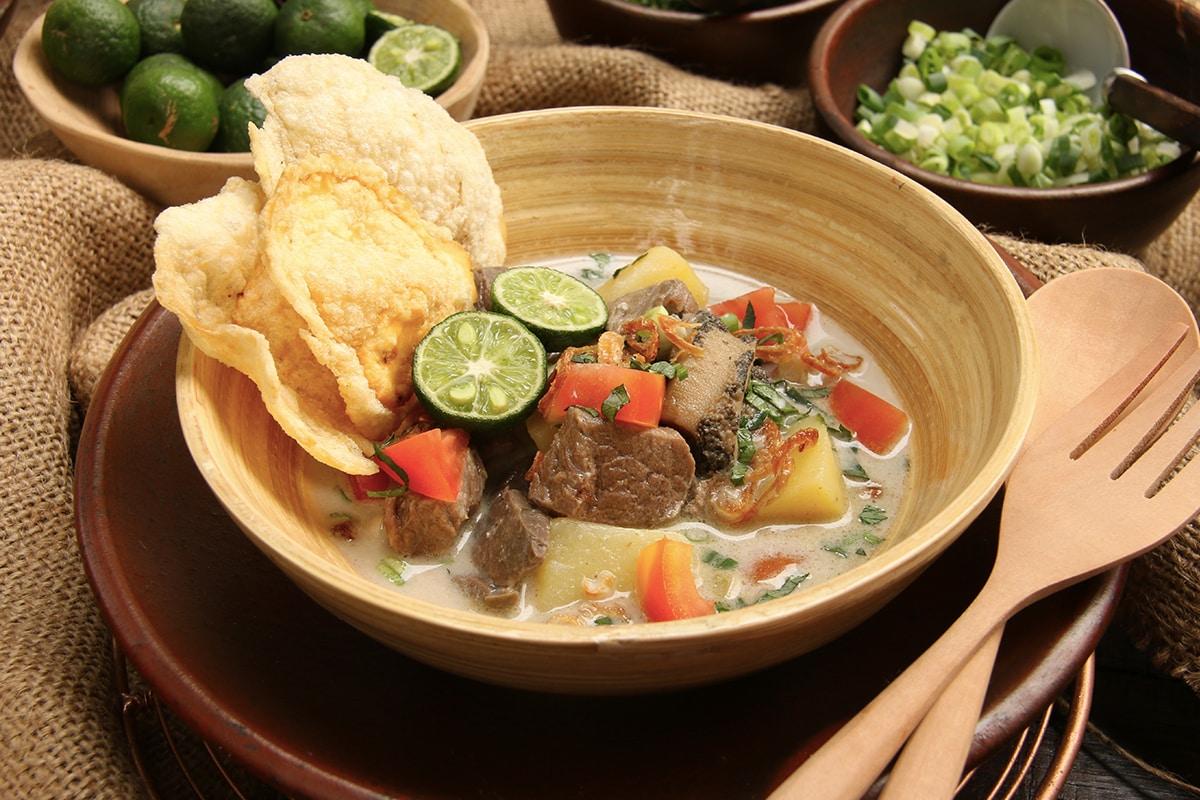 Makanan tradisional khas Jakarta, Soto Betawi